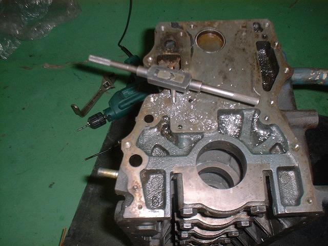 L型エンジン 20