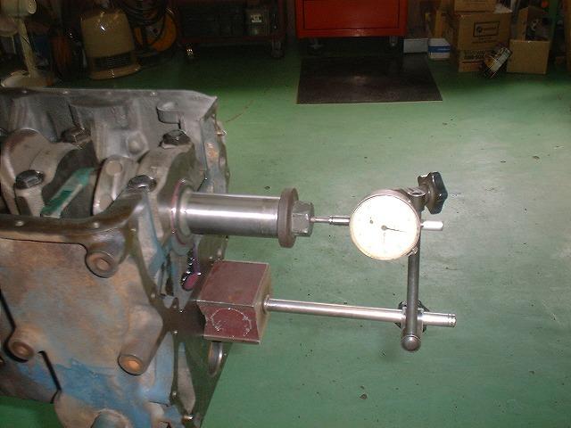 L型エンジン 28