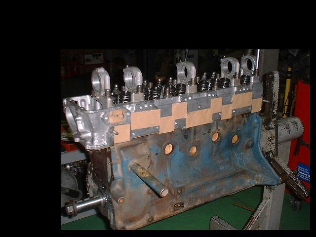 L型エンジン 33